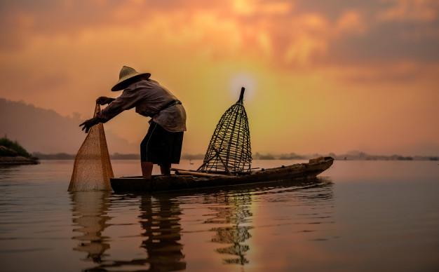 ငါးမဖမ်းရရာသီတွင် မိရိုးဖလာကမ်းနီး ငါးဖမ်းလုပ်ငန်းများကိုသာ လုပ်ကိုင်ခွင့်ပေးမည်