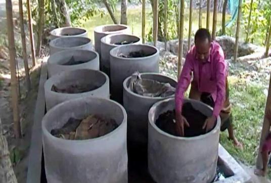 တီစွန့်ပစ်မြေဩဇာ ပြုလုပ်သည့်နည်းလမ်းများ