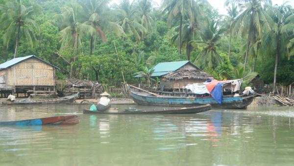 ရခိုင်ကမ်းရိုးတန်းတောင်သူတို့အတွက် မရှိမဖြစ် တာတမံများ